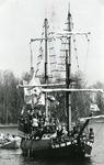BR_1APRIL_1988_011 Het Geuzenschip De Prince Admirael in actie op het Brielse Meer; 1 april 1988