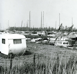 BR_BRIELSEMAASPAD_007 Een van de recreantenhavens langs het Brielse Meer; 1965