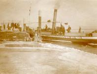 BR_BRIELSEMAAS_001 De aanlegplaats van de veerboot; 2 maart 1929