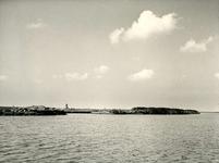 BR_BRIELSEMEER_109 Kijkje op Brielle vanaf het Brielse Meer; ca. 1960