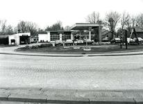 BR_DERIK_014 Shell-station en garagebedrijf W. van Trigt; ca. 1985