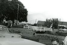 BR_DERIK_HUISTERUGGE_001 Het Huis te Rugge, gezien vanaf de parkeerplaats langs de Kloosterweg; 1962