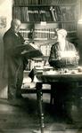 BR_PERS_BEEN_006 Archivaris Johan Been en zijn klerk J. Don; ca. 1929