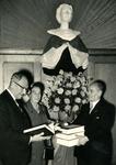 BR_STICHTINGBRIELSEMAAS_006 Het passeren van de notariële akte tot oprichting van de Stichting Recreatie Brielse Maas ...