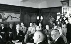 BR_STICHTINGBRIELSEMAAS_007 Het passeren van de notariële akte tot oprichting van de Stichting Recreatie Brielse Maas ...