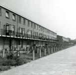 BR_WELLEWEG_017 Kijkje op de bebouwing langs de Welleweg; 14 juni 1965