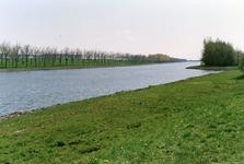 GV_NOORDDIJK_02 Geervliet; Zicht op het Voedingskanaal vanaf de Noorddijk, 1988