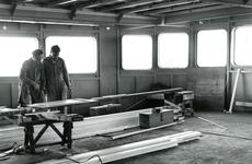 HE_RTM_007 De verbouw van een veerboot tot zijladingsveerboot Haringvliet voor de RTM bij de Amsterdamse Werf Verschure; 1956