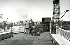 HE_RTM_009 De verbouw van een veerboot tot zijladingsveerboot Haringvliet voor de RTM bij de Amsterdamse Werf Verschure; 1956