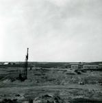 OV_BRIELSEMAASDAM_08 Oostvoorne; Werkzaamheden voor de aanleg van de Brielse Maasdam, ca. 1950