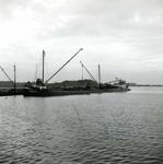 OV_BRIELSEMAASDAM_11 Oostvoorne; Werkzaamheden voor de aanleg van de Brielse Maasdam, ca. 1950