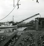 OV_BRIELSEMAASDAM_12 Oostvoorne; Werkzaamheden voor de aanleg van de Brielse Maasdam, ca. 1950