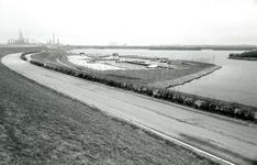 OV_BRIELSEMAASDAM_81 Oostvoorne; Jachthaven van Watersportvereniging Oostvoorne, April 1973