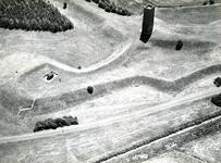 OV_HEINDIJK_64 Oostvoorne; Luchtfoto van het Stenen Baak en de Kogeloven, ca. 1962