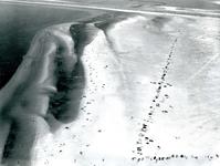 OV_LUCHTFOTO_23 Luchtfoto van het autostrand; 7 augustus 1969