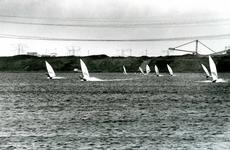 OV_OOSTVOORNSEMEER_06 Surfers op het Oostvoornse Meer; 2000