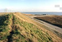 OV_OOSTVOORNSEMEER_16 Oostvoorne; Afschermingswal langs het Oostvoornse Meer, 1988