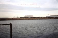 OV_OOSTVOORNSEMEER_25 Uitlaat persleiding Oostvoornse Meer op het Hartelkanaal; 28 november 1997