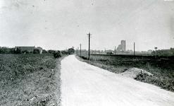 OV_SCHRIJVERSDIJK_04 De Schrijversdijk, op deze foto stond het witte huis (toen van de Fam. Gorzeman) er nog niet; 1929