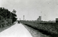OV_SCHRIJVERSDIJK_05 De Schrijversdijk met uitzicht op de Catharijnekerk; ca. 1929