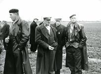 OV_SCHRIJVERSDIJK_10 Boedelverkoop op de Prinsenstee; 12 april 1962