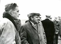 OV_SCHRIJVERSDIJK_13 Boedelverkoop op de Prinsenstee; 12 april 1962