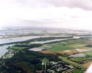 OV_WATEROVERLAST_005 Oostvoorne; Ondergelopen weilanden als gevolg van de zware regenval in september 1998. op de ...