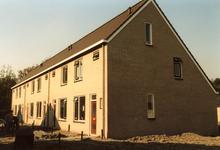 OV_ZANDWEG_13 Aanbouw van tien nieuwe woningwetwoningen langs de Zandweg, als bouwproject voor leerlingen; 1987