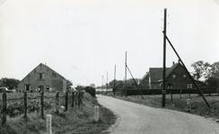 RO_KORTEWEG_10 Korteweg, ter hoogte van de S-bocht in de weg in de richting de Vleerdamsedijk; 1960