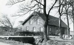 RO_MIDDELDIJK_03 De Boerderij van L. Boogert is in 1968 gesloopt ten behoeve van het uitbreidingsplan Boogert ; 1968