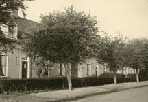RO_MIDDELDIJK_17 De woningen langs de Middeldijk zijn gebouwd tussen 1947 en 1949; Oktober 1960
