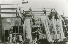 RO_MIDDELWEG_04 Bouw van de nieuwe woning voor de boerderij van de familie J. Kruik: de Stuijvenburg ; ca. 1920