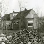 RO_MIDDELWEG_07 Oude woning langs de Middelweg, gesloopt in 1974 (Achterzijde); 1974