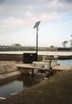 RO_MIDDELWEG_12 Stuw op zonne-energie in Stuifakker; 6 mei 1998