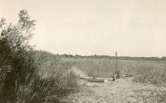 RO_QUACKJESWATER_09 Rockanje; Sluisje in Quackjeswater dat in verbinding staat met het waterleidingskanaal, ca. 1950