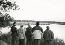 RO_QUACKJESWATER_17 Nachtegalentocht bij het Quackjeswater, met links Leen bakker; ca. 1990