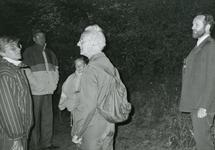 RO_QUACKJESWATER_18 Nachtegalentocht bij het Quackjeswater, met rechts Leen bakker; ca. 1990