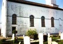 SH_LAGEWEG_06 De kerk van Simonshaven, in 1852 gebouwd in neoclassicistische stijl; 2 mei 1997