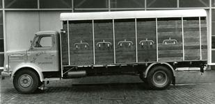 SP_BREEWEG_008 Vrachtwagen voor veevervoer van Cees de Rijke; 1950