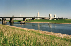 SP_BRUGGEN_HARTELBRUG_006 Spijkenisse; De Hartelbrug, 3 juni 1996