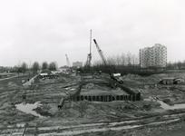 SP_METRO_AANLEG_048 Werkzaamheden voor de aanleg van de metrotunnel in Hoogvliet; ca. 1980