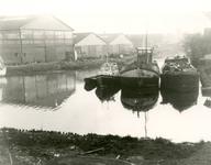SP_NOORDEINDE_083 Scheepswerf van Van Hamburg langs de haven bij het Noordeinde; ca. 1965