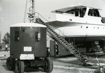 SP_NOORDEINDE_084 Scheepswerf van Van Hamburg langs de haven bij het Noordeinde; ca. 1970