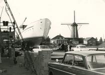 SP_NOORDEINDE_085 Scheepswerf van Van Hamburg langs de haven bij het Noordeinde; ca. 1970