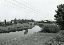 SP_VIERAMBACHTENBOEZEM_025 Gezicht op de Vierambachtenboezem en de Heulbrug; 1978