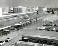 SP_WELPLAAT_028 De opening van het fabrieksterrein van Esso op de voormalige Welplaat door prins Bernhard; Mei 1960