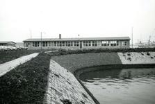 SP_WELPLAAT_033 Voormalige barakken van kamp De Beer worden op de Botlek gebruikt als kantoor voor de havenloodsen; ...