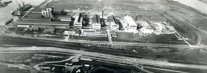 SP_WELPLAAT_035 De Aluchemie in aanbouw; Oktober 1967