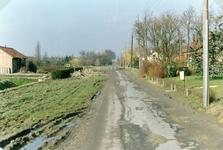TI_RIETDIJK_001 Links het huis van de fam. Assenberg van Eijsden.; 1980