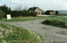TI_RIETDIJK_009 Rietdijk tijdens de verbetering en verbreding. Rechts woonde de fam. Tuk - Biesheuvel - Langendoen - ...